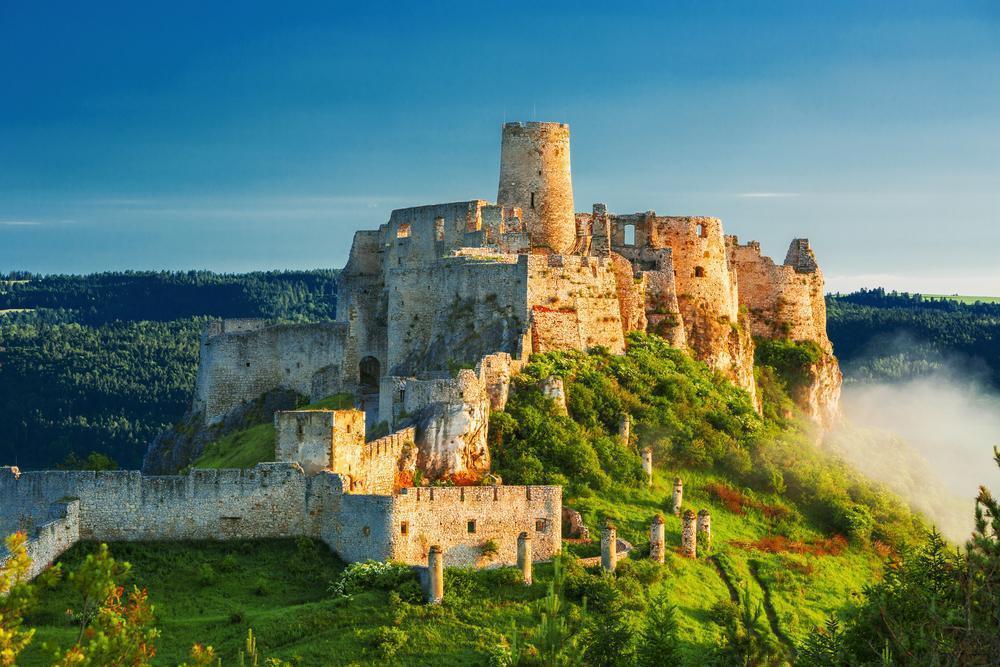 Замок Спишский Град: обзор, достопримечательности, полезная информация